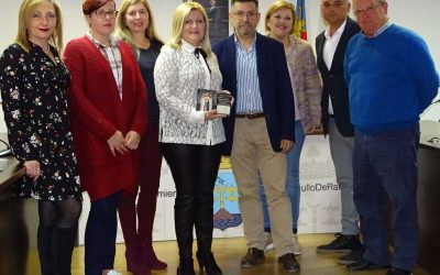 The municipality appoints Rosario Ruiz Gómez Carrier of La Graná 2019, after the draw held among the residents registered