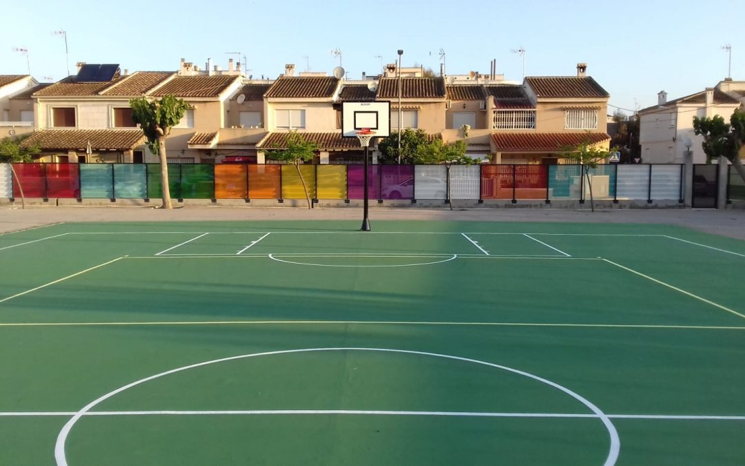 The renovation of the sports courts of the CEIP Trinitario Seva de Rafal within the Edificant Plan culminates