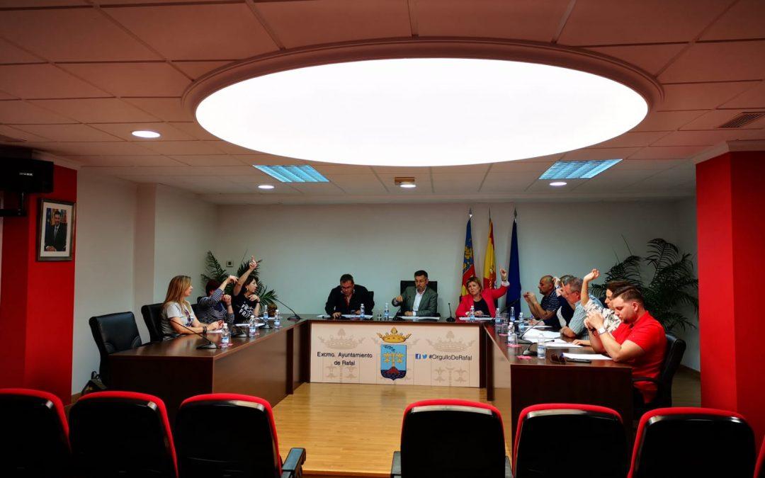 El Pleno aprueba elevar el expediente de segregación a la Conselleria para que las Casas Baratas sean de Rafal