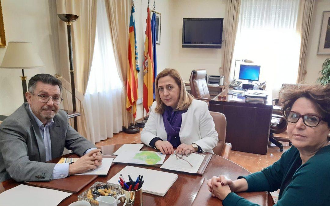 El alcalde de Rafal traslada a la Subdelegada del Gobierno los detalles de la reunión mantenida en Callosa sobre seguridad
