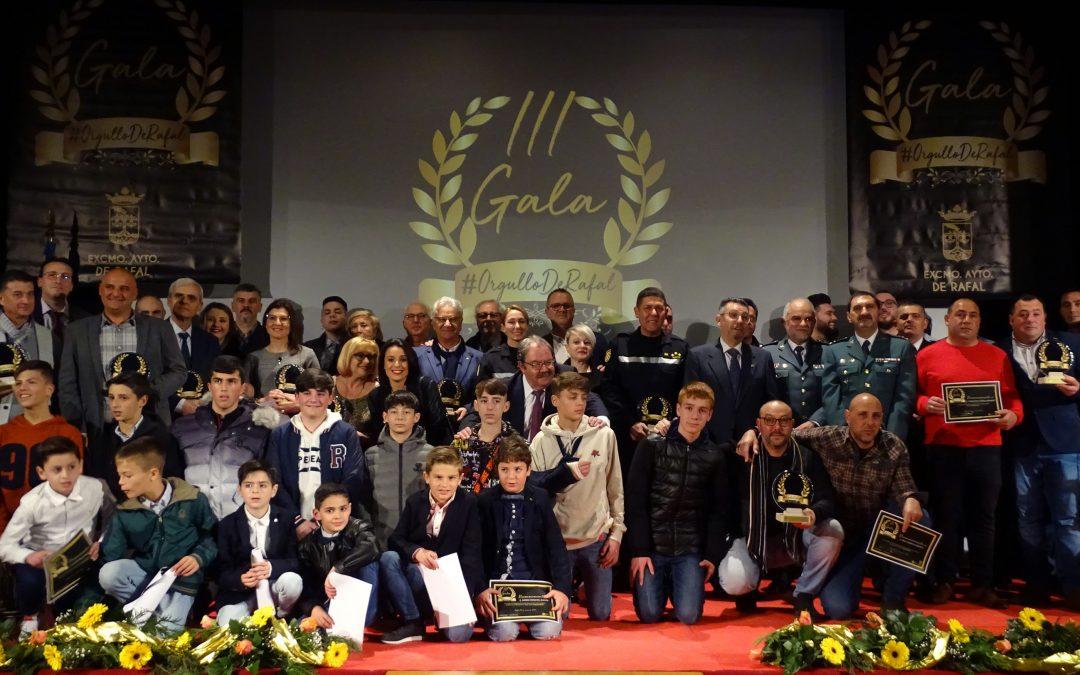 La III edición de la Gala Orgullo de Rafal conmemora a los ciudadanos y colectivos que se implicaron durante el temporal de la DANA